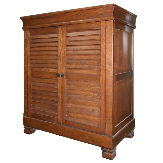 Wooden Entertainment Cabinet