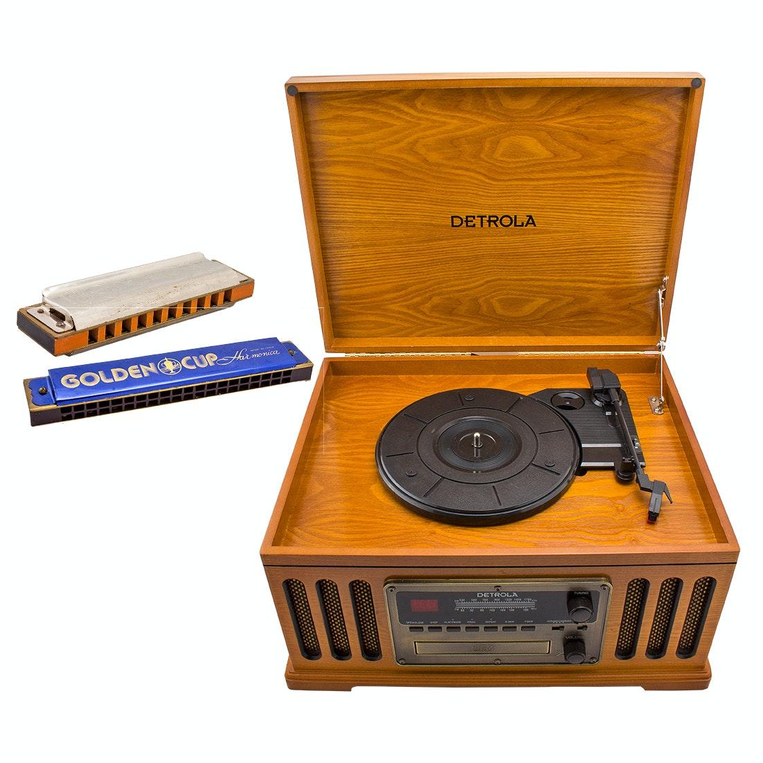 Detrola Turntable CD Player AM/FM Radio and Vintage Harmonicas