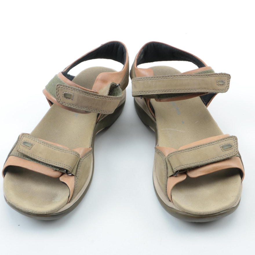 6415c8004bd3 Women s Clarks Springers Wave Grip Sandals   EBTH