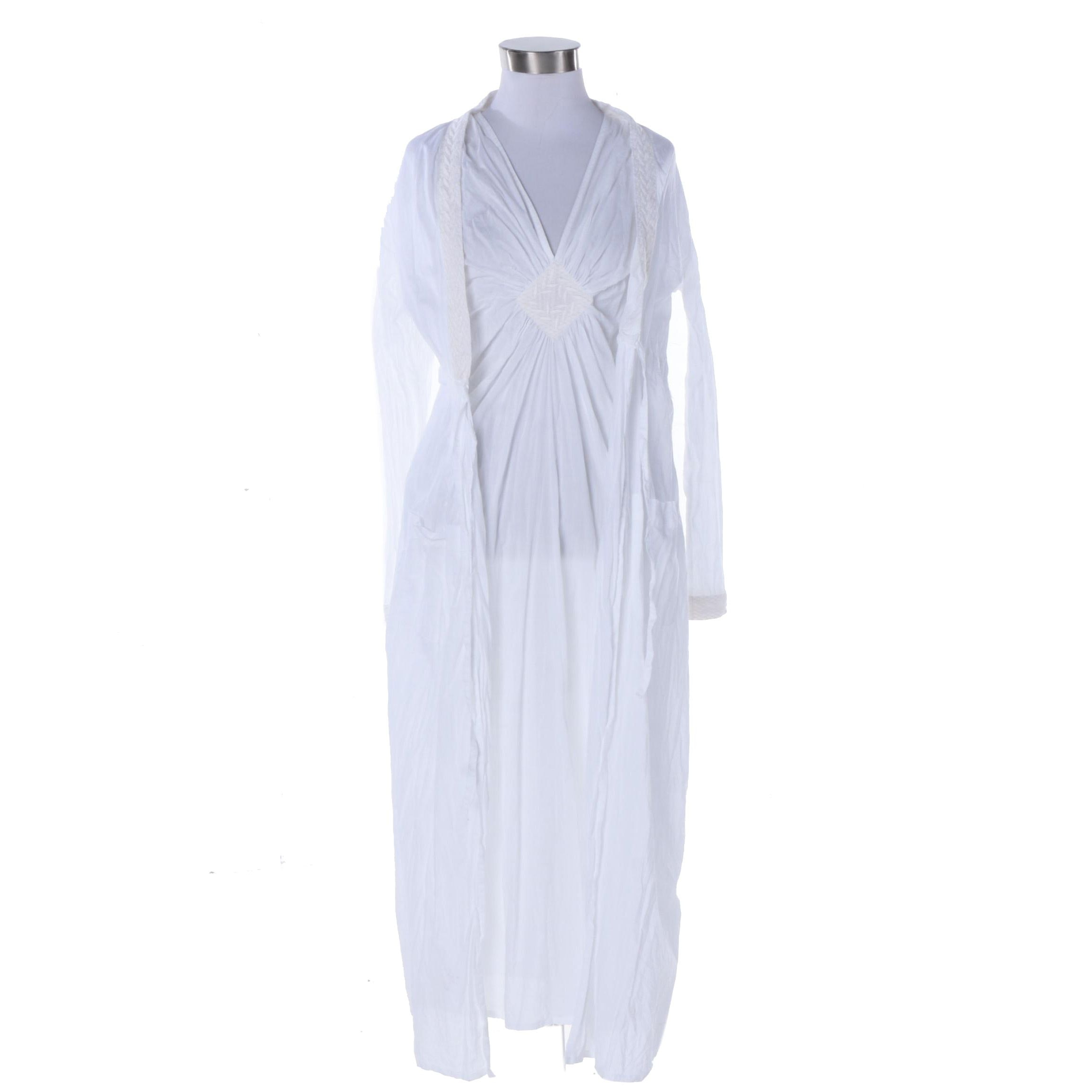 Yves Delorme White Cotton Sleeveless Nightgown and Long Sleeve Robe