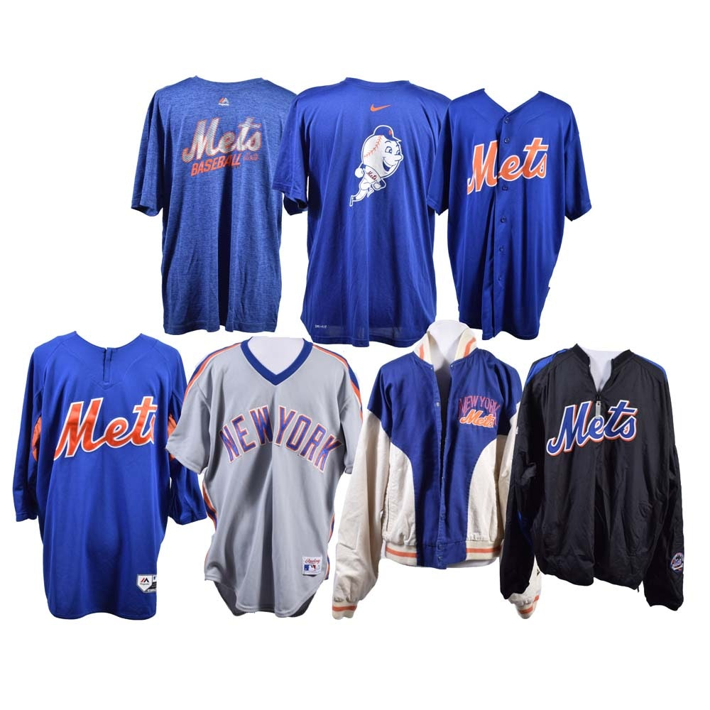 Collection of Men's New York Mets Clothing