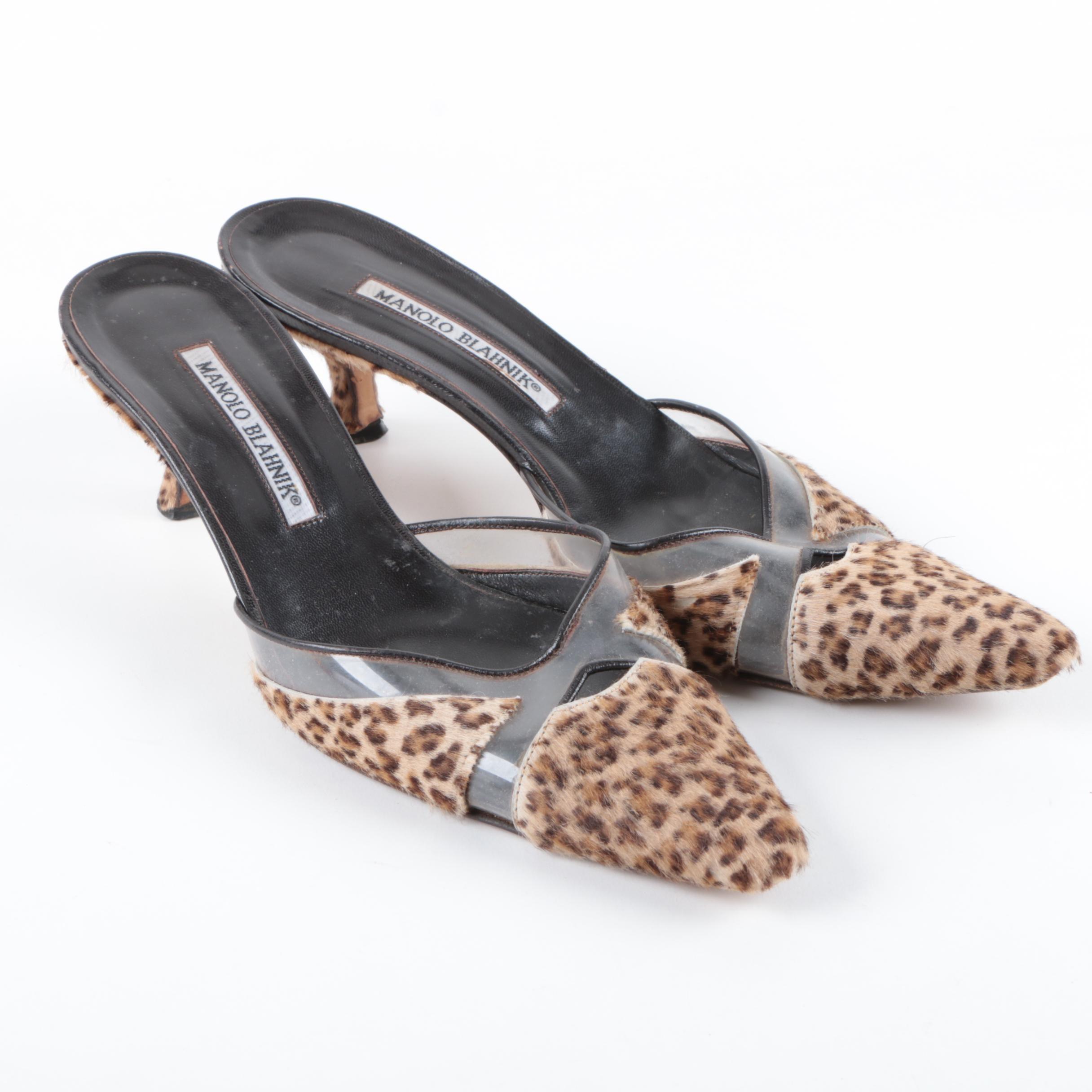 Manolo Blahnik Cheetah Print Calf Fur Kitten Heels