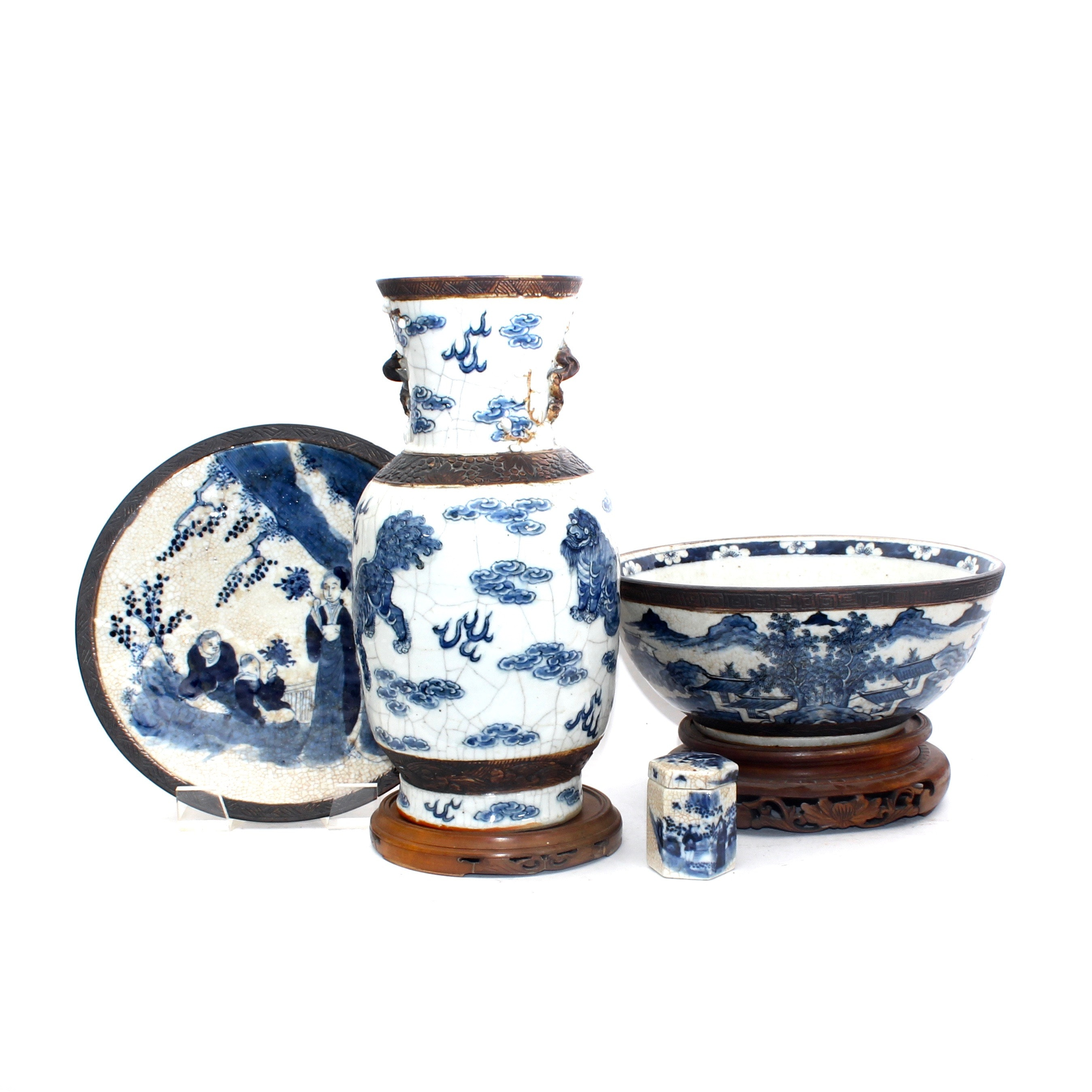 Chinese Blue and White Import Ceramics and Pottery
