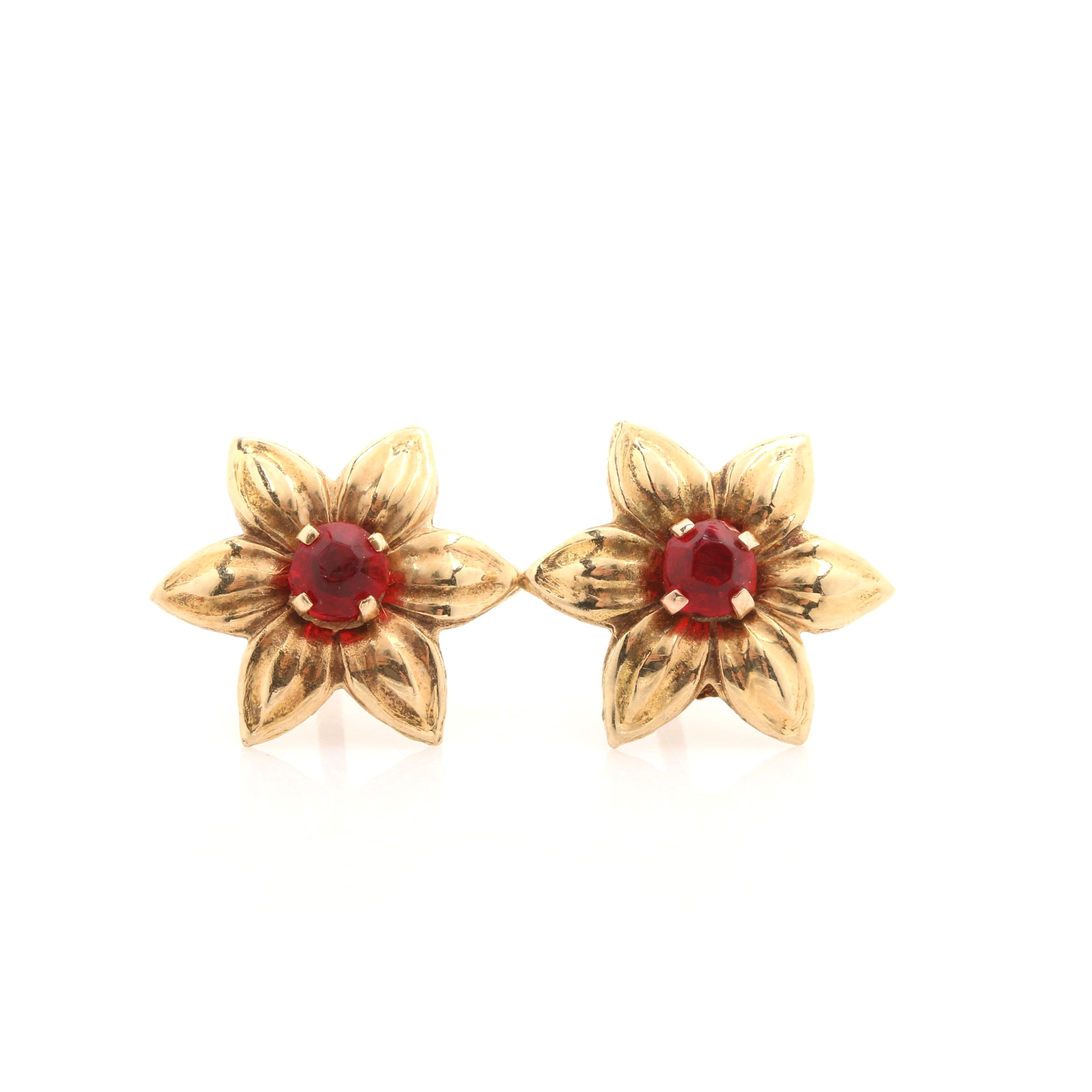14K Yellow Gold Red Glass Flower Stud Earrings