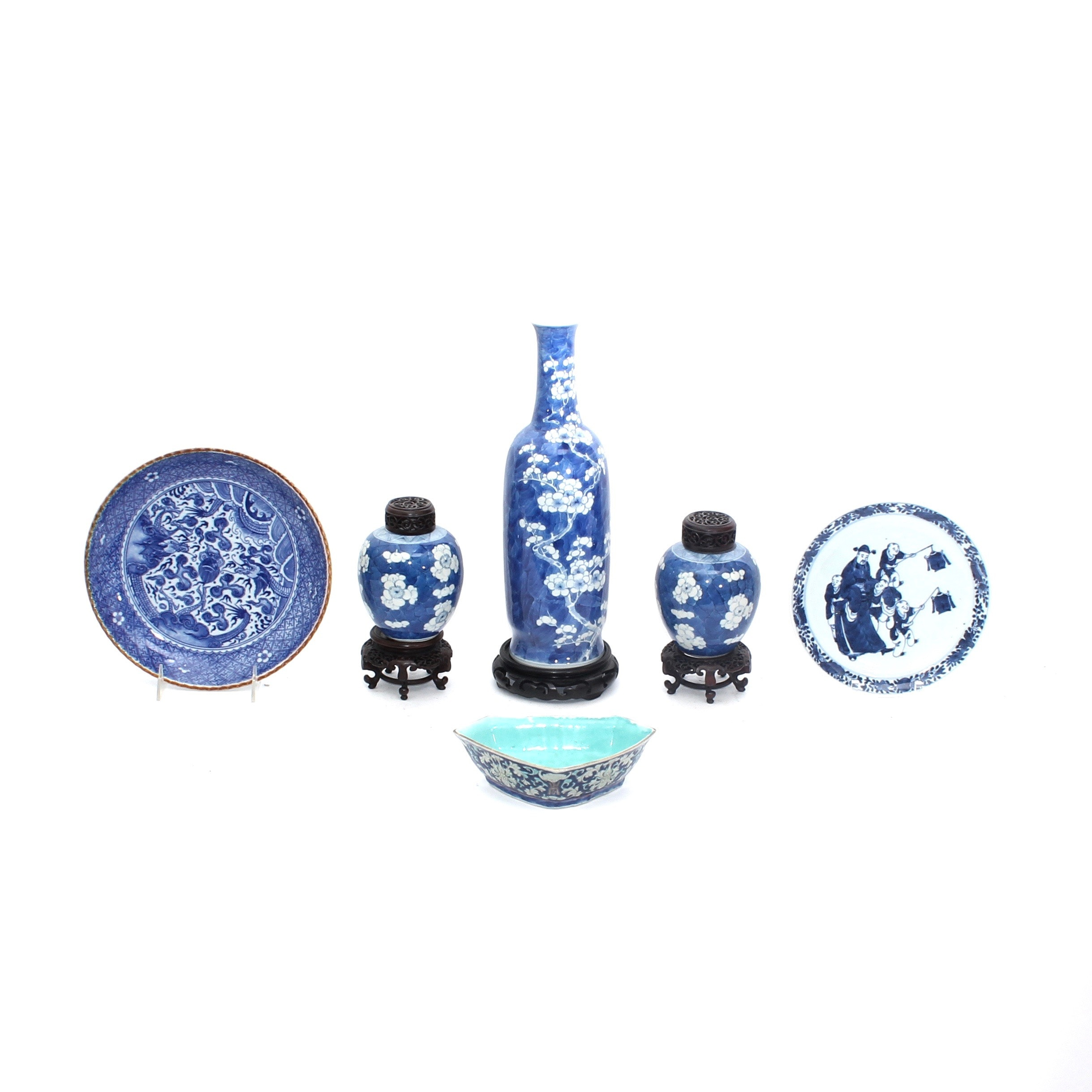 Blue and White Chinese Porcelain Decor