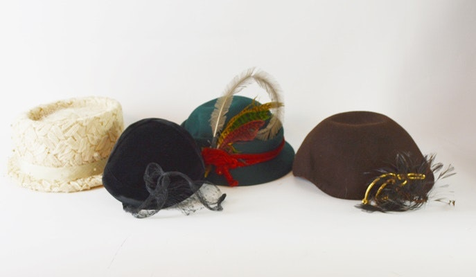 Collection of Ladies Vintage Hats