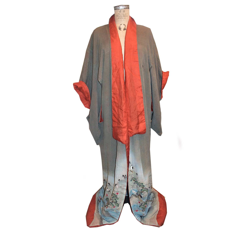 Antique Silk Japanese Uchikake Kimono