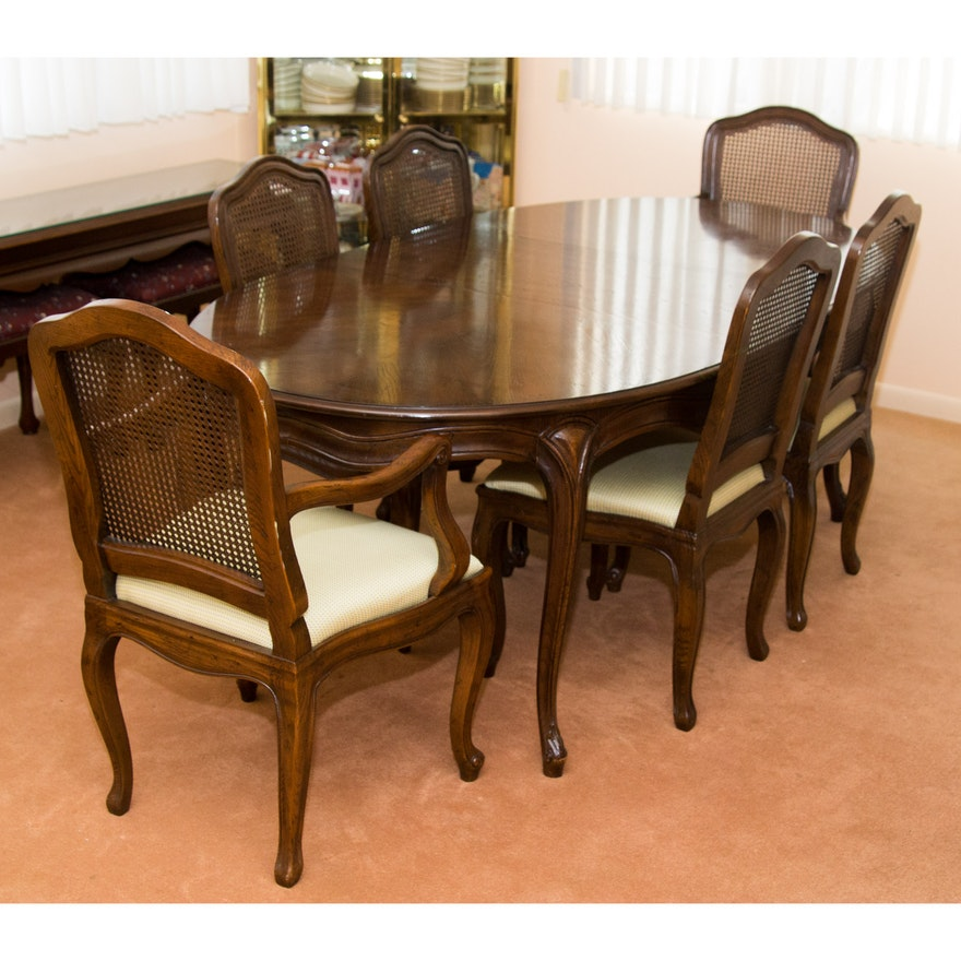 Cherry Queen Anne Style Dining Table And Chairs