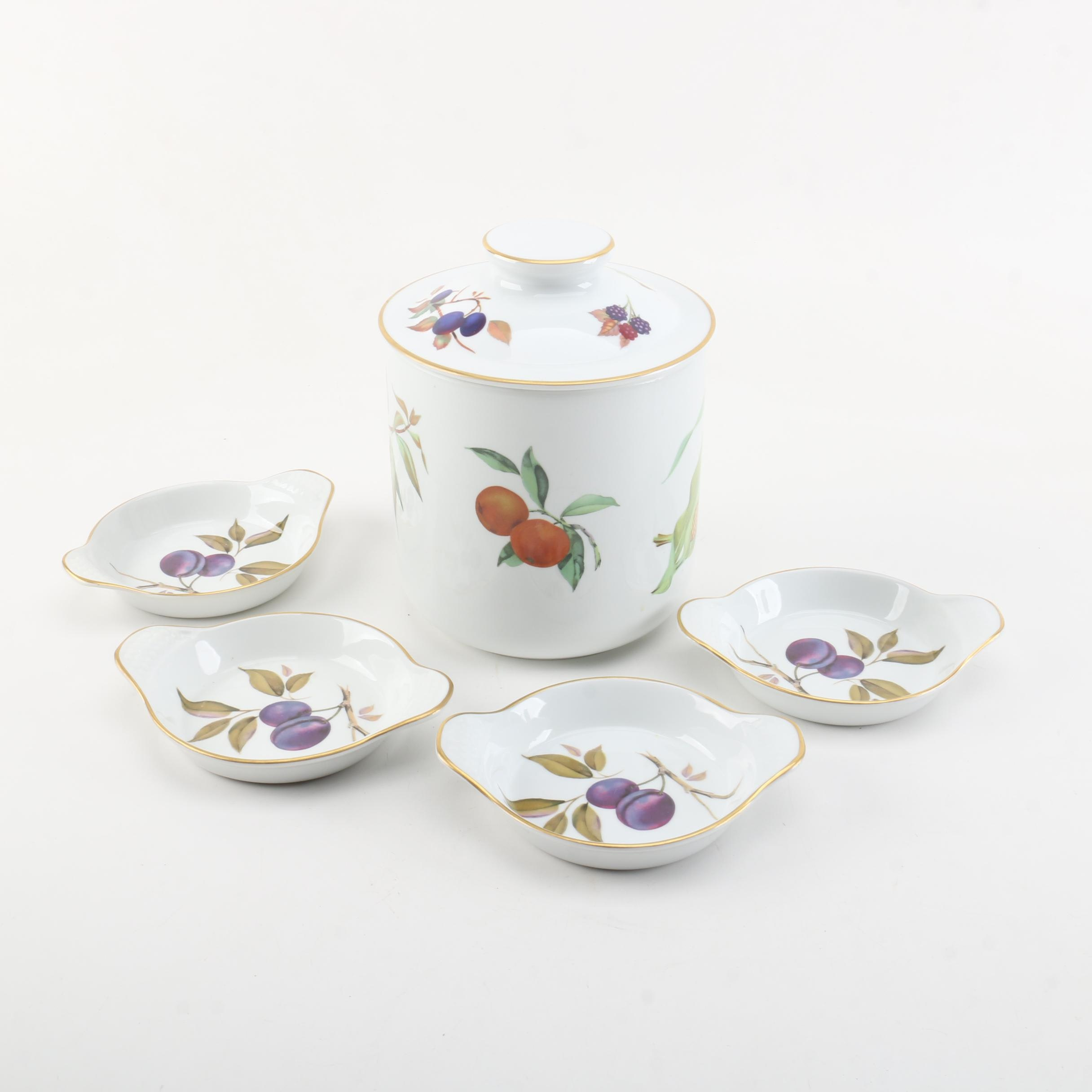 """Royal Worcester """"Evesham"""" Porcelain Tableware"""