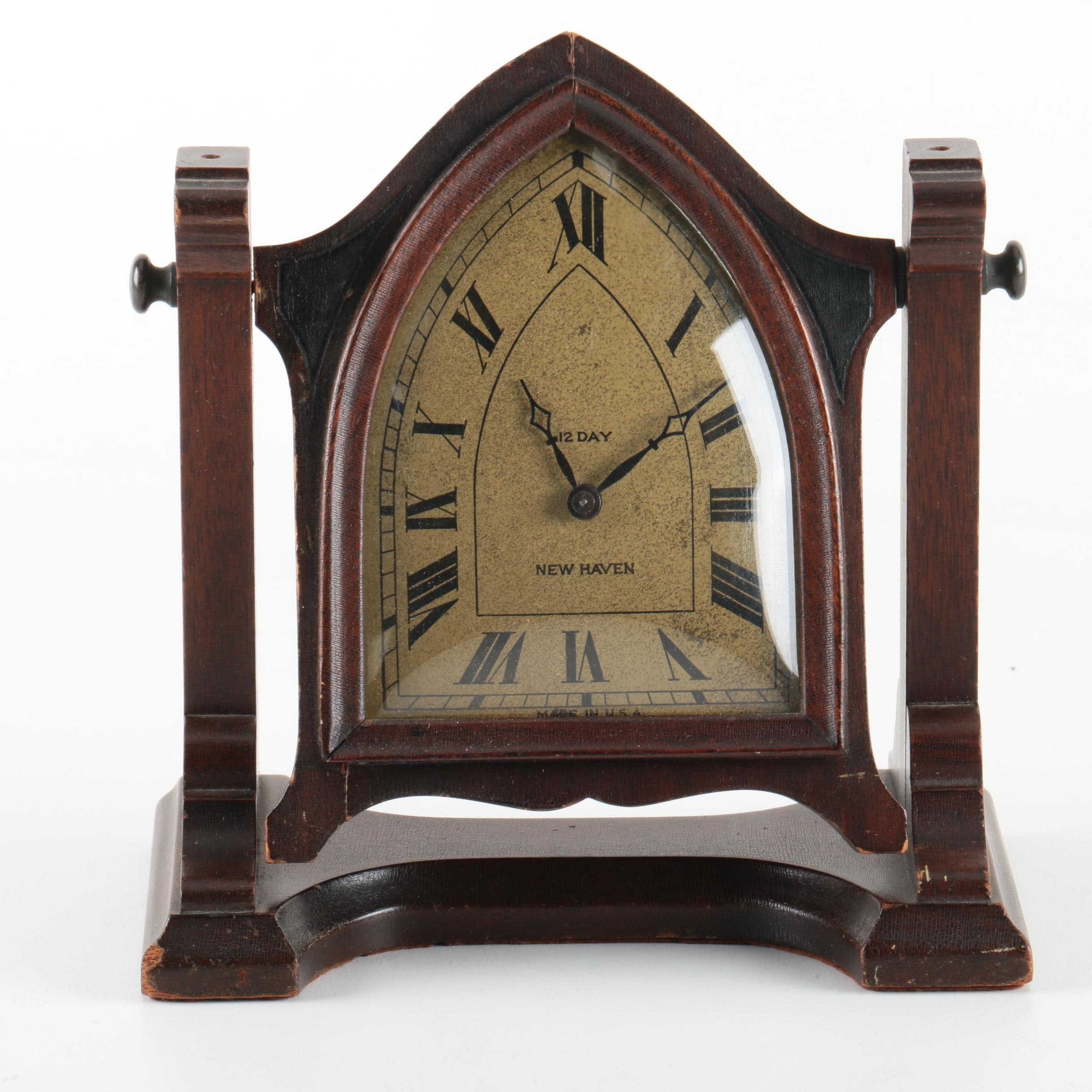 Vintage New Haven Clock Co. Shelf Clock