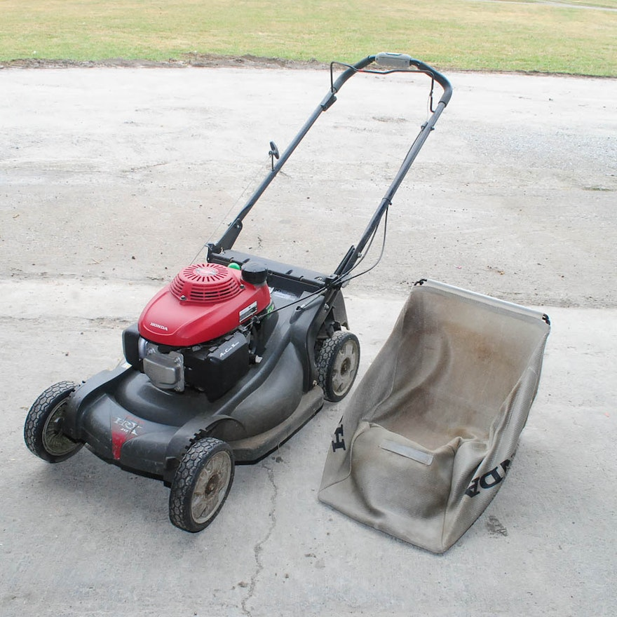 n depot self mowers side power outdoor propelled variable home honda walk equipment mower discharge behind speed b gas compressed lawn outdoors the