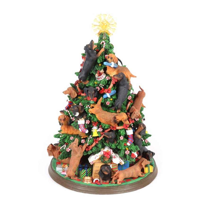 "Automatic Christmas Tree: Danbury Mint Lighted ""Dachshund Christmas Tree"" : EBTH"