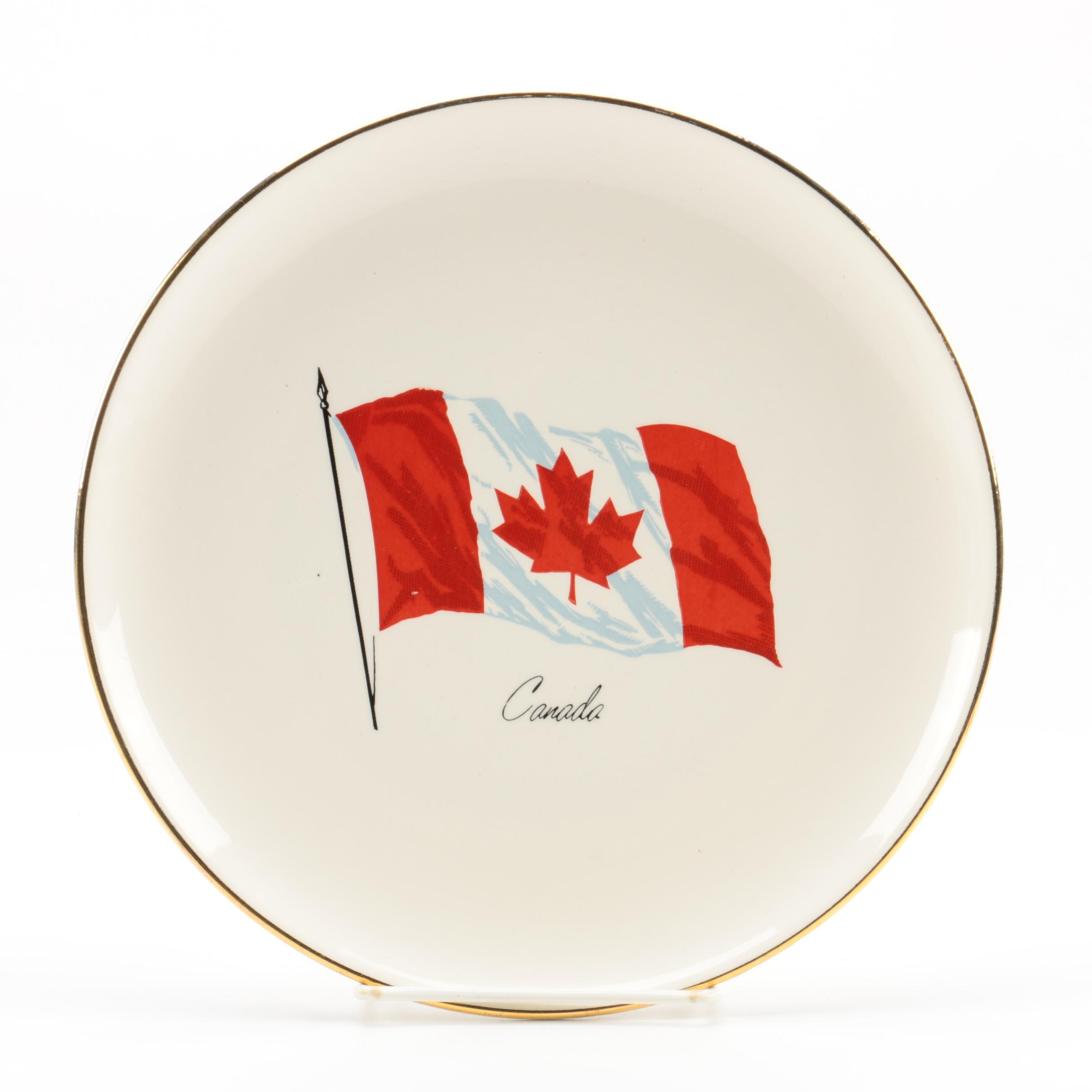Canadian Flag Motif Decorative Plate With 22K Gold Rim