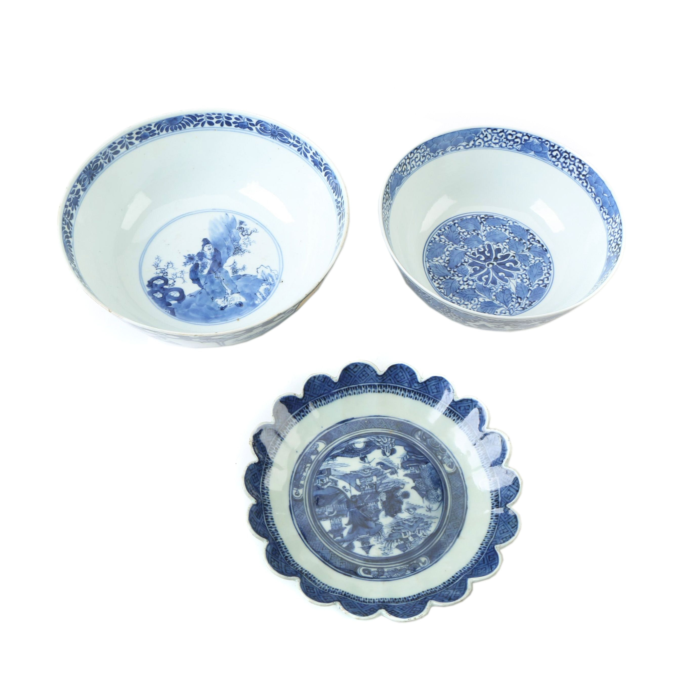 Two Export Blue and White Porcelain Bowls and a Cantonware Bowl