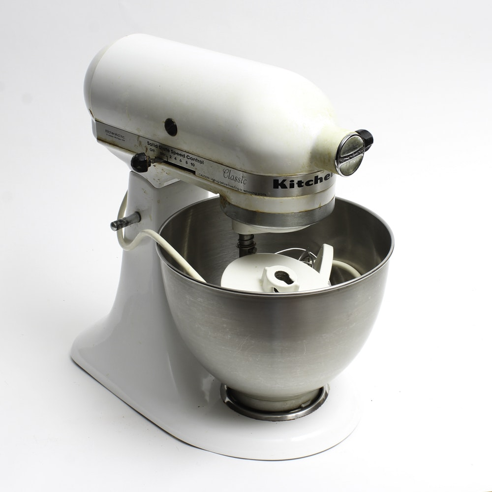KitchenAid Classic White Stand Mixer Model K45SS