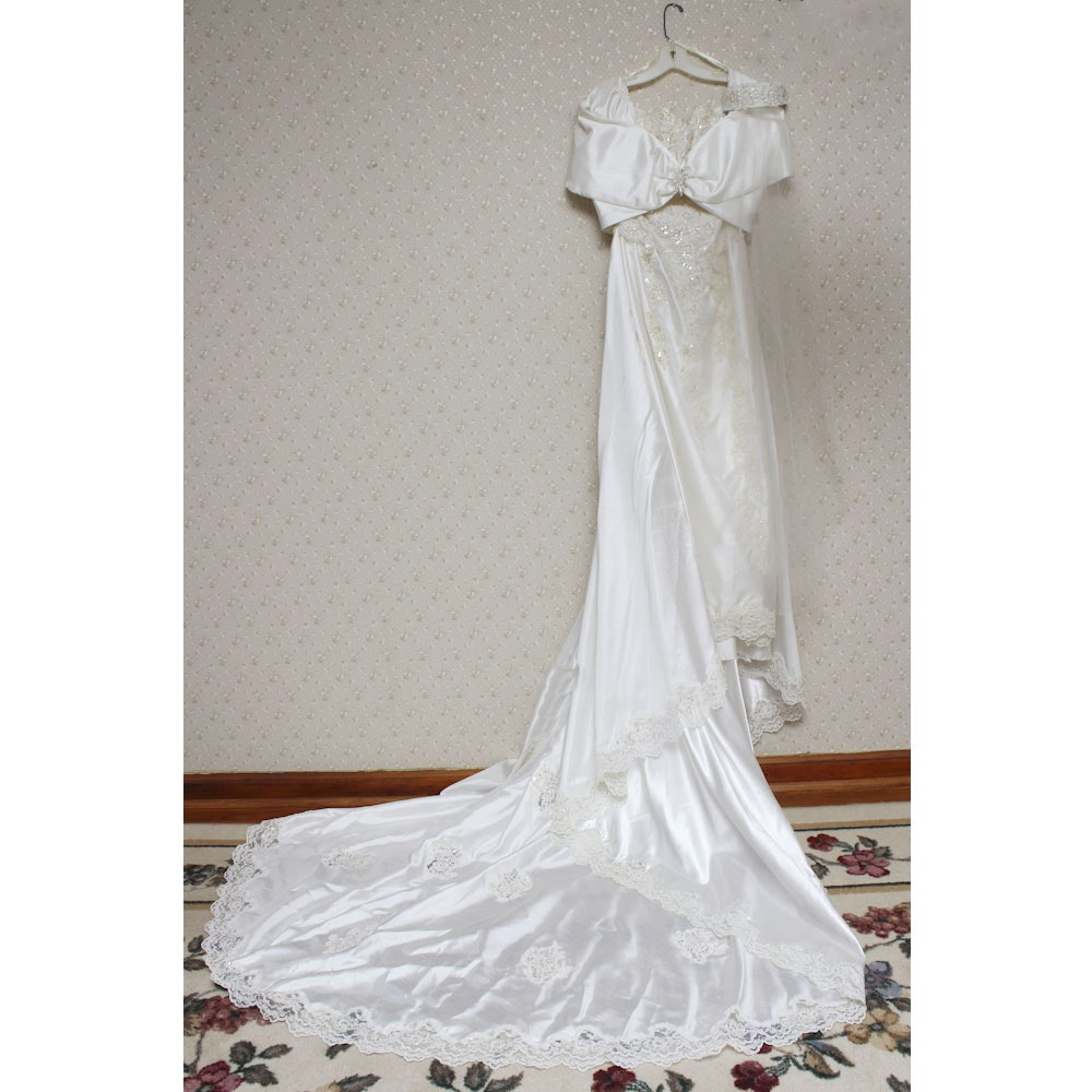 Vintage Nina Balducci Strapless Wedding Gown with Removable Train, Top and Veil