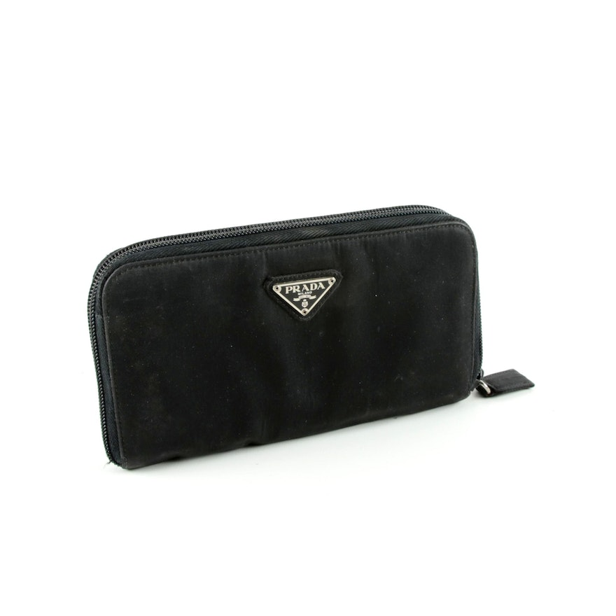 d1b3bcdad4cfa3 Prada Black Nylon Clutch Wallet : EBTH