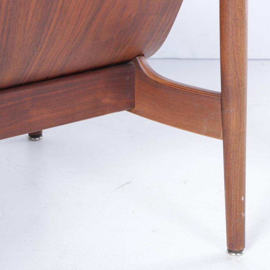 Vintage 1960s Mid Century Modern Thonet Walnut And