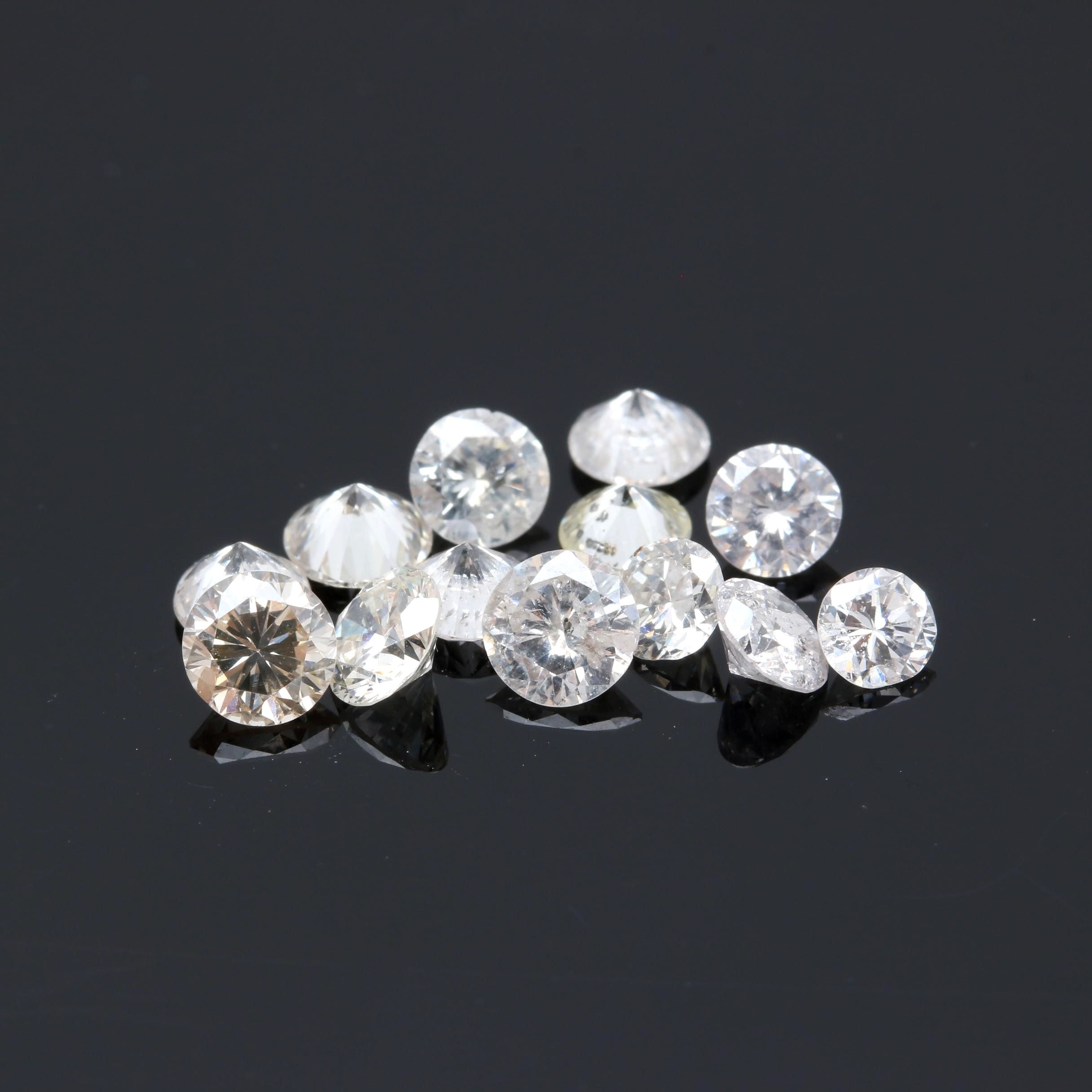2.67 CTW Loose Diamonds