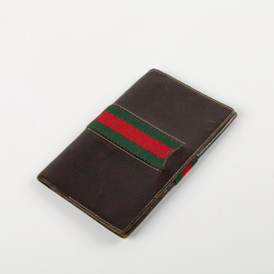 97da4078ca6 Vintage Gucci Brown Leather Signature Stripe Checkbook Cover