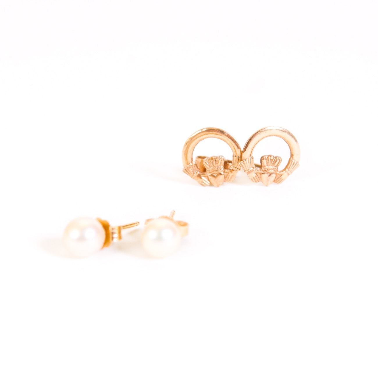 Pairing of Yellow Gold Earrings