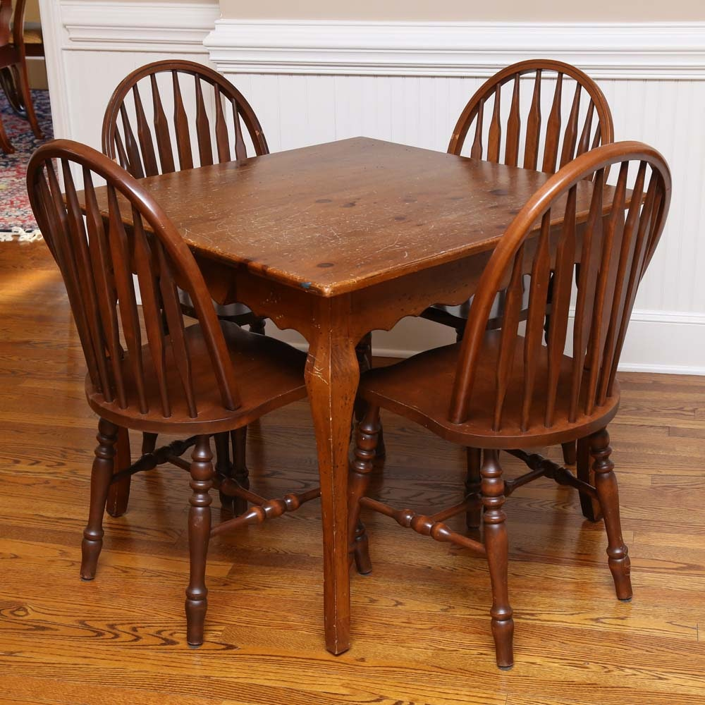 Traditional Pine Dining Table and Windsor Chairs