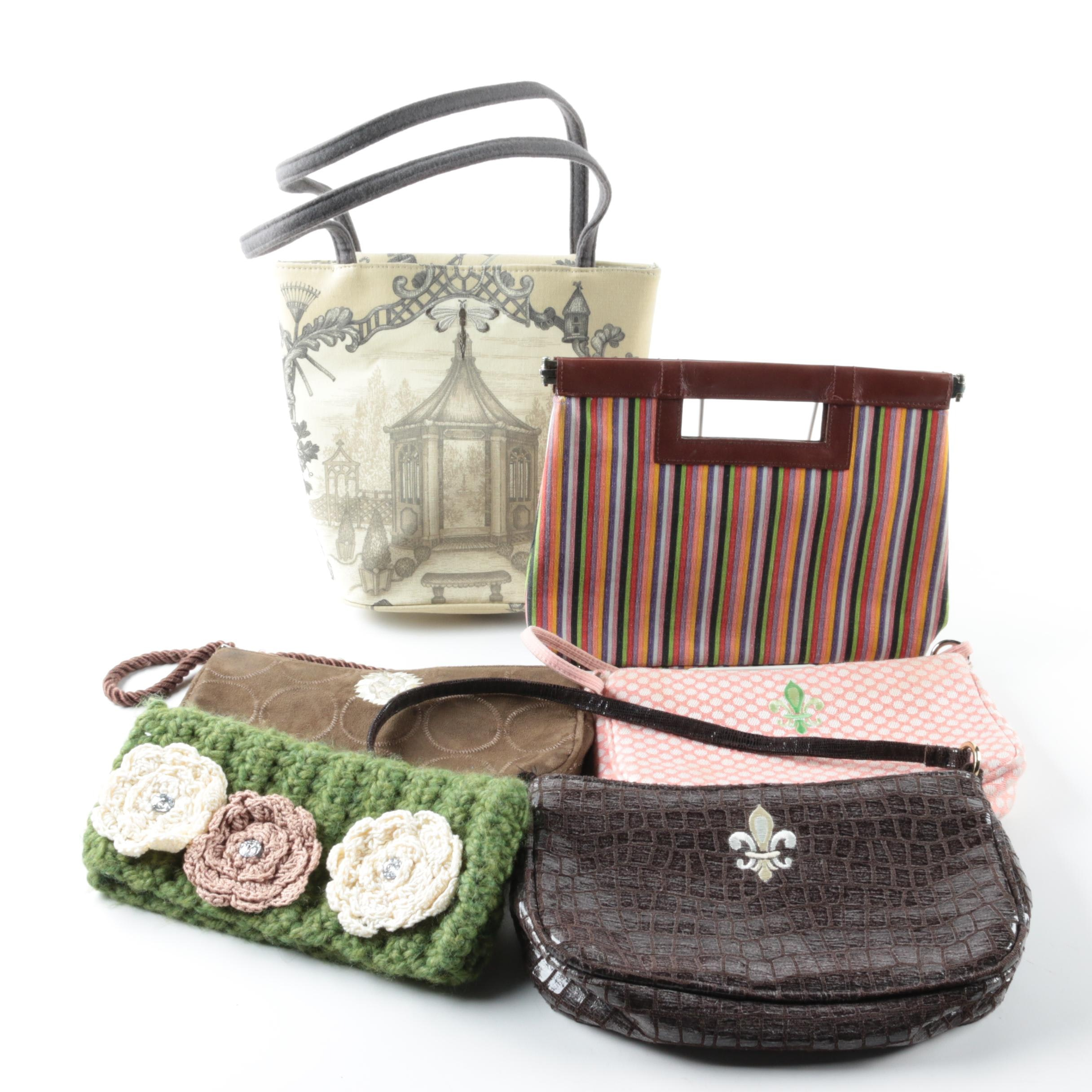 Small Handbags and Clutches