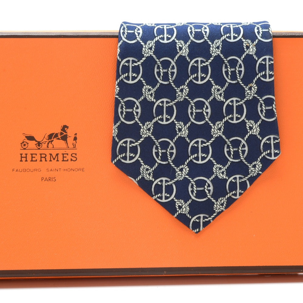 Hermès Navy Blue Silk Necktie with Intersecting Rope Pattern (#670 OA, France)