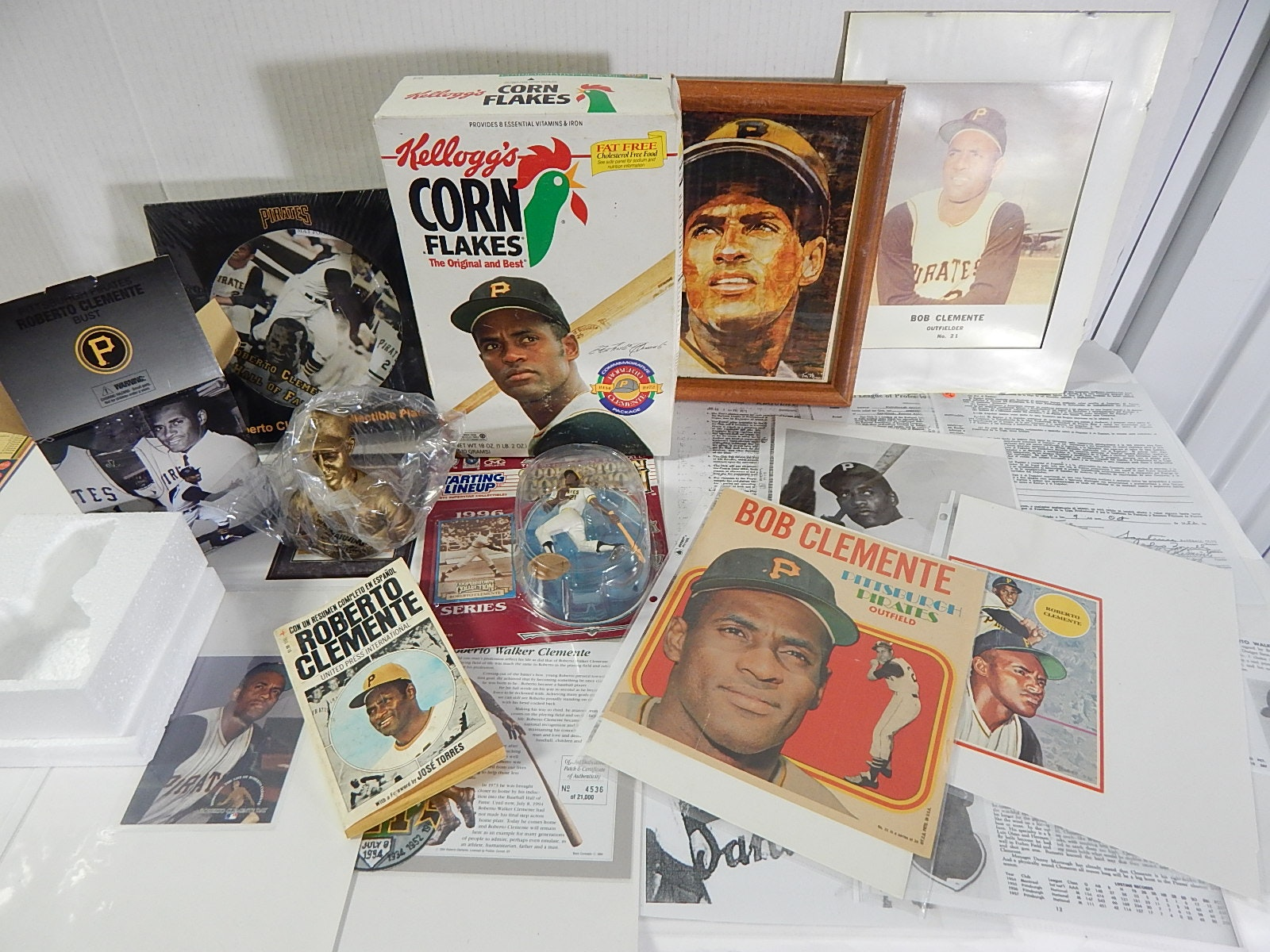 Roberto Clemente Collectibles with Starting Lineup, 1960s Topps Fold-Out