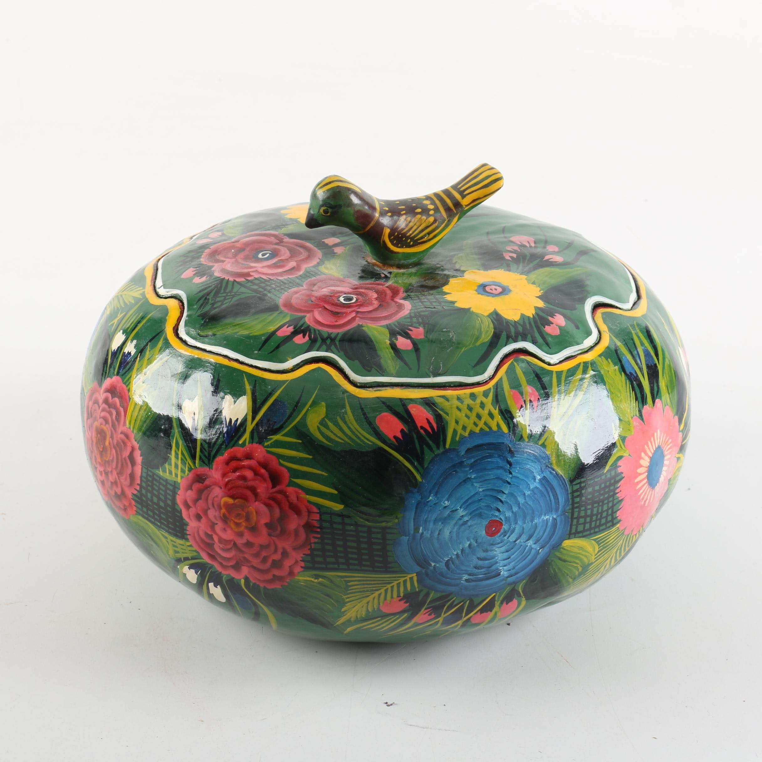 Maque Gourd with a Floral Motif
