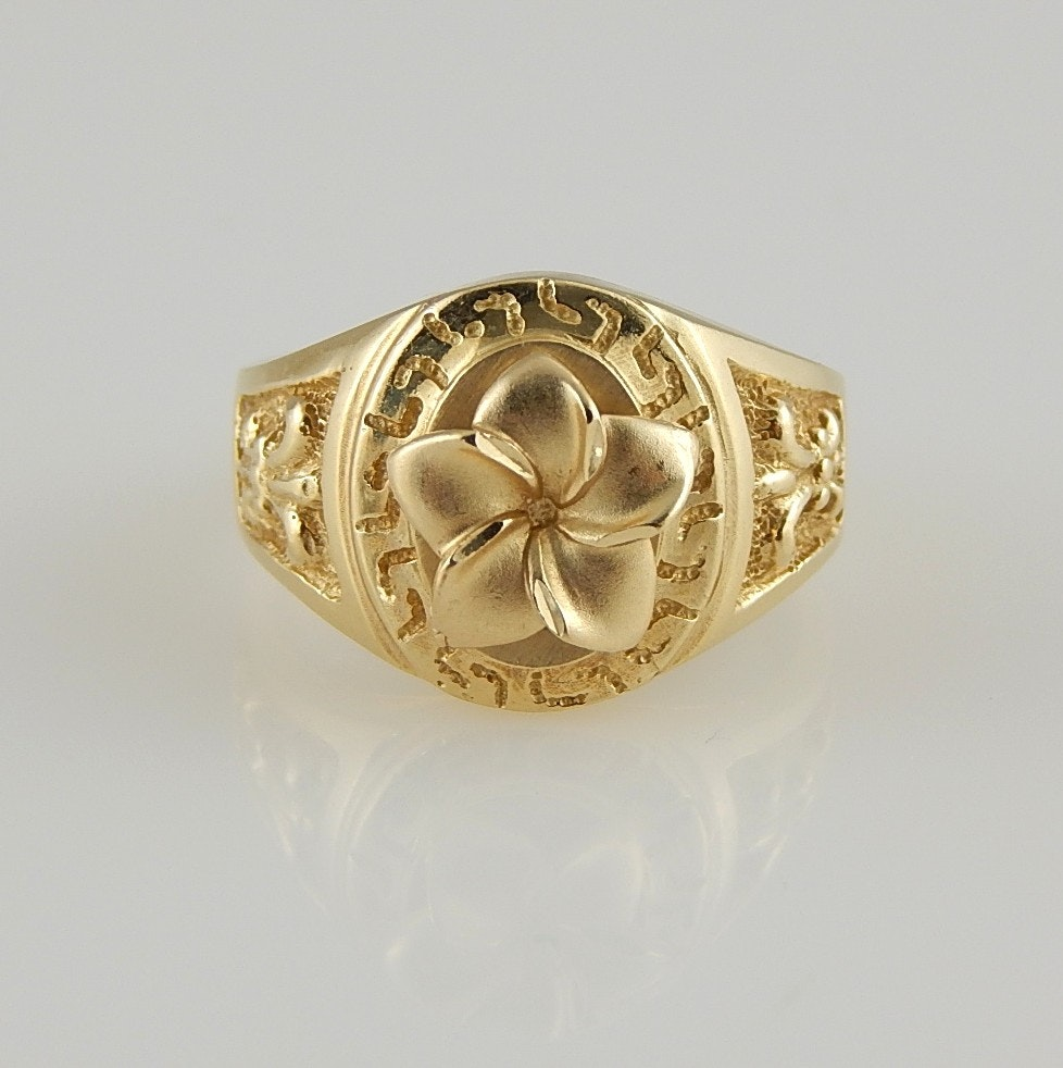 14K Yellow Gold Floral and Fleur De Lis Ring