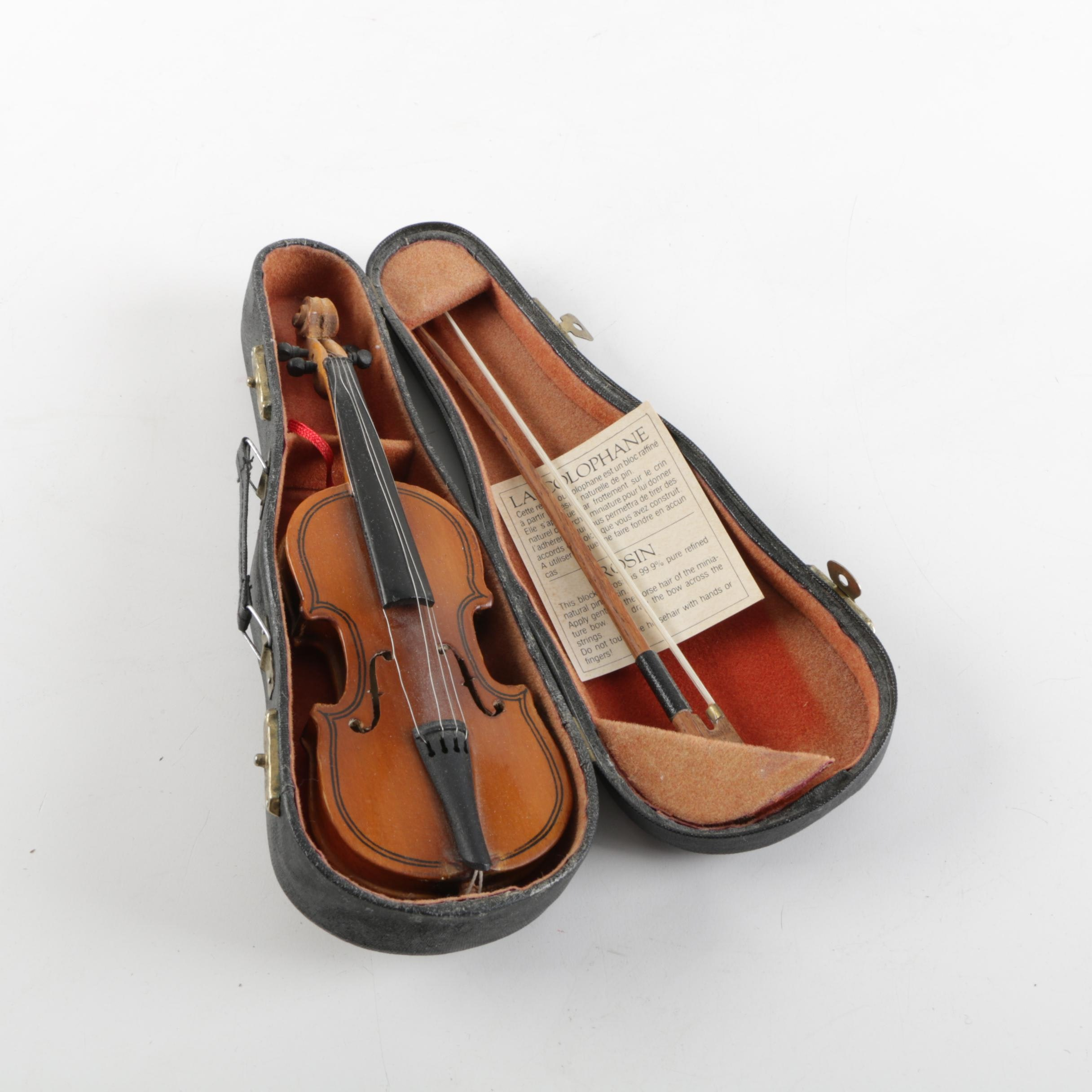 Authentic Models Holland Miniature Violin