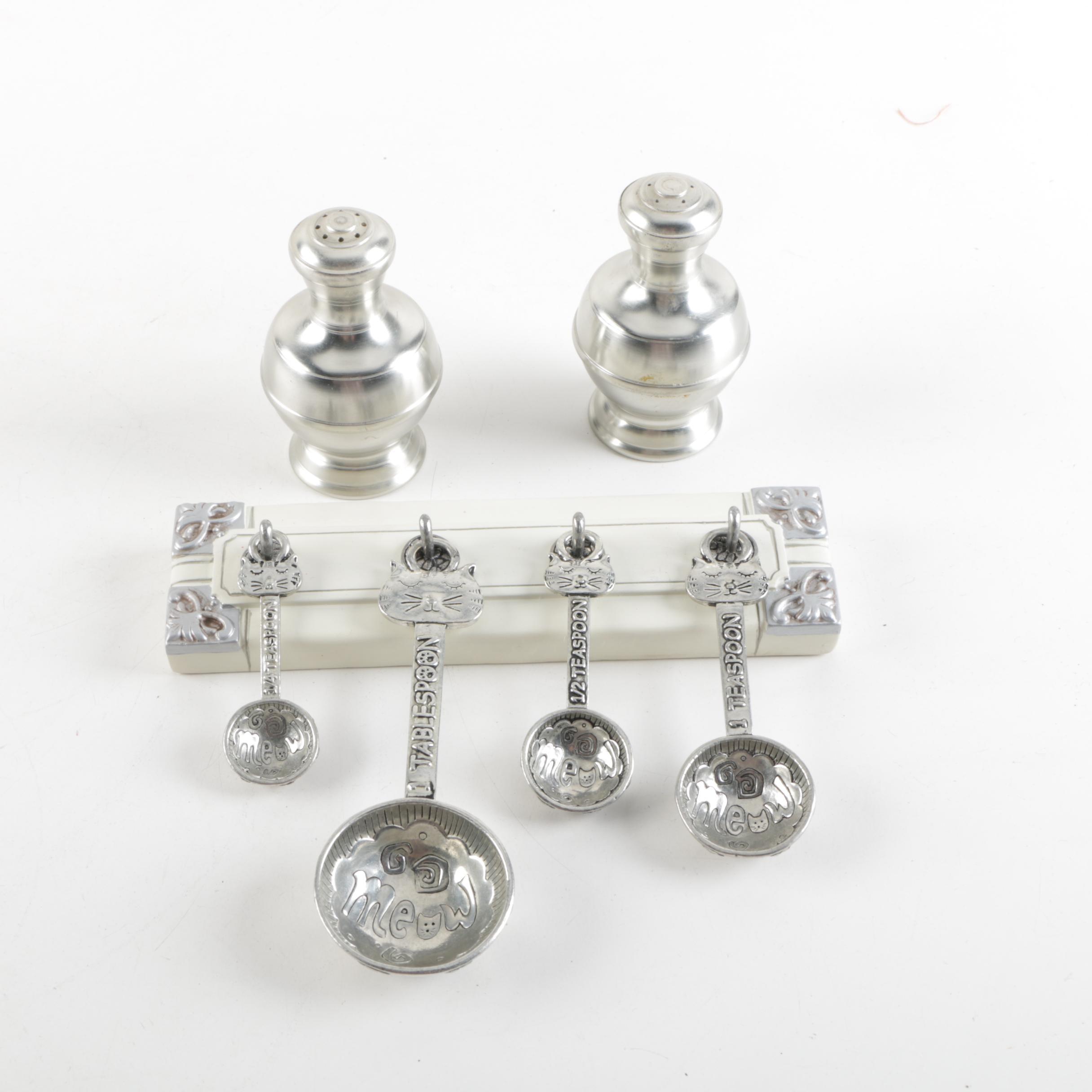 Vintage Metawa Pewter Shakers with Cat Motif Measuring Spoons