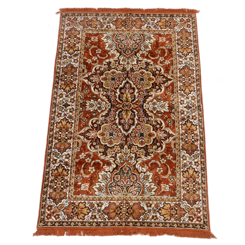 Machine Made Indo-Persian Accent Rug