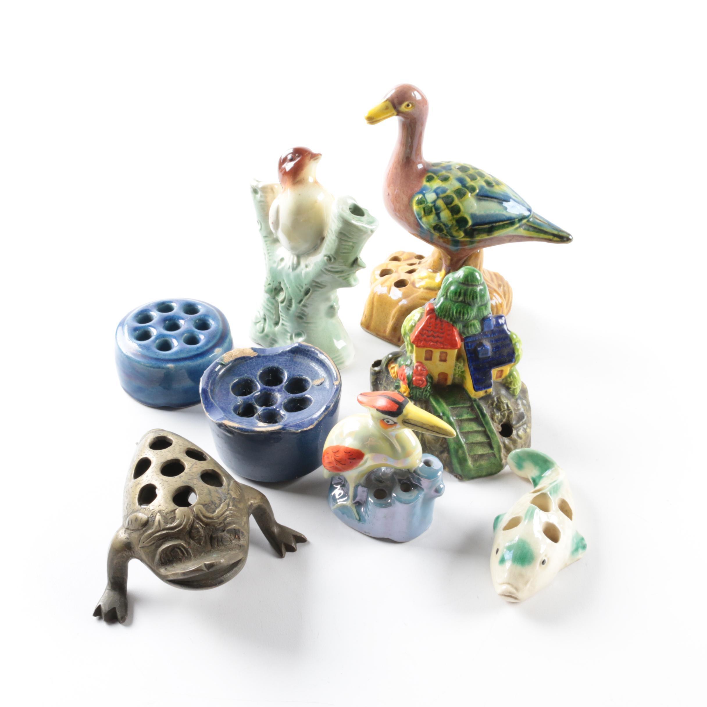 Figural Animal Flower Frogs
