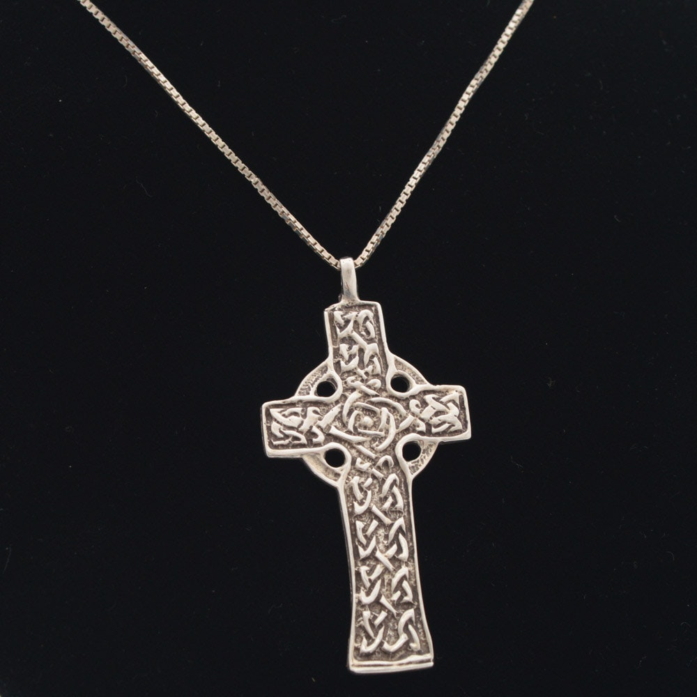 J. Curtis Sterling Silver Celtic Cross Pendant Necklace