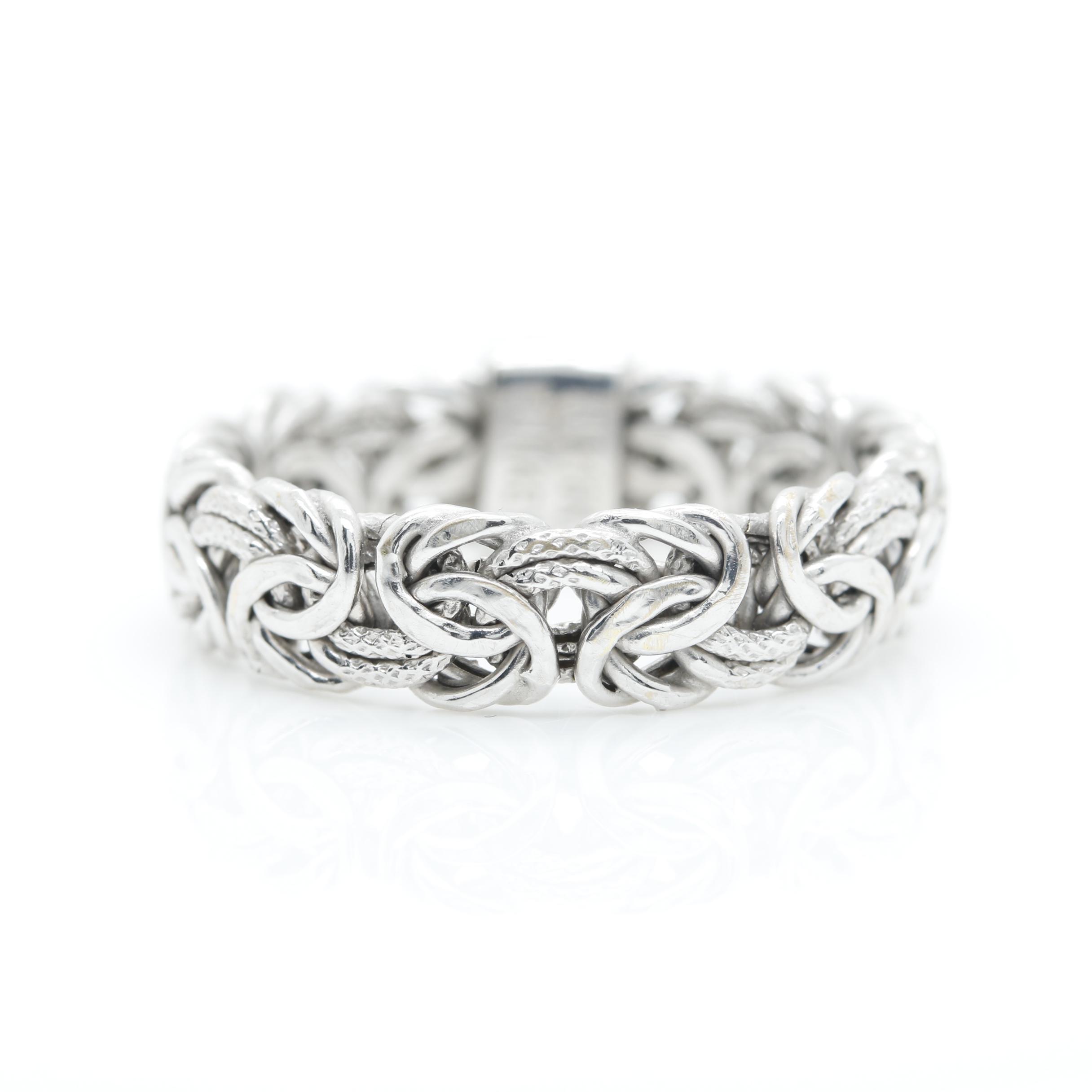 18K White Gold Chain Ring