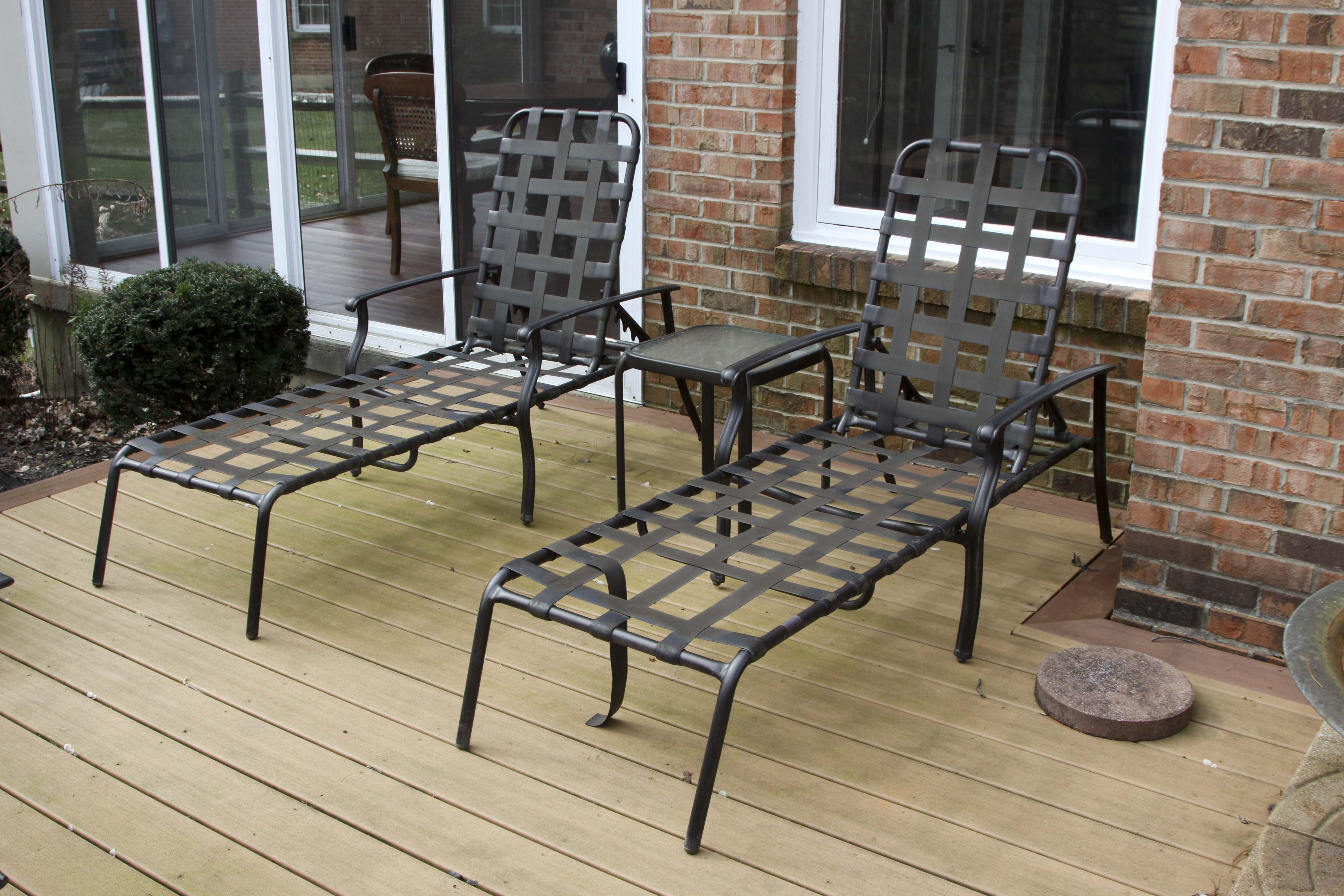Outdoor Lounge Chairs and Table