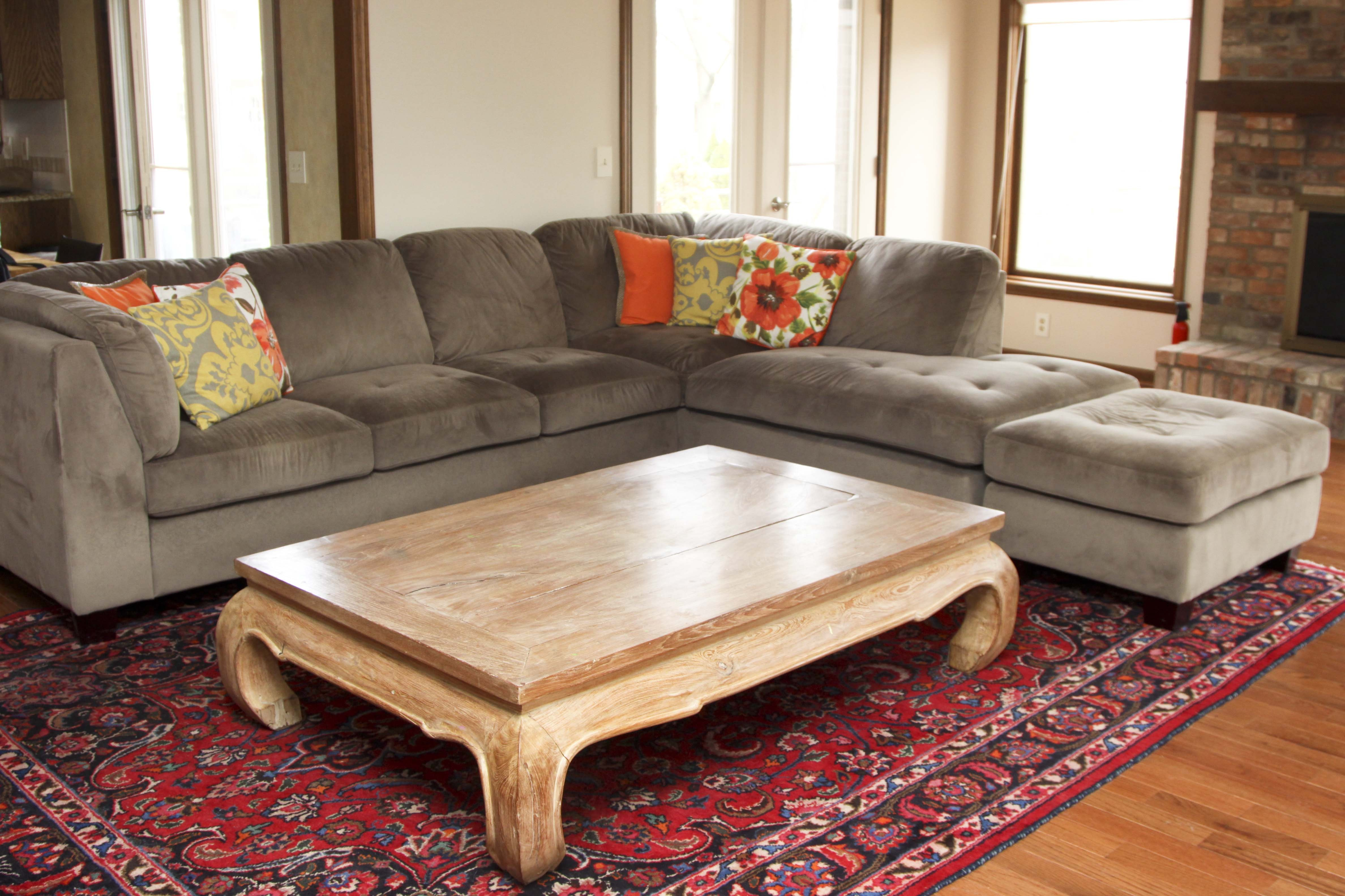 Sectional Sofa with Matching Ottoman