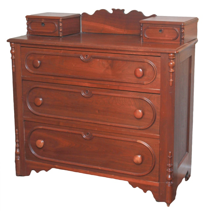 Victorian Walnut Chest of Drawers