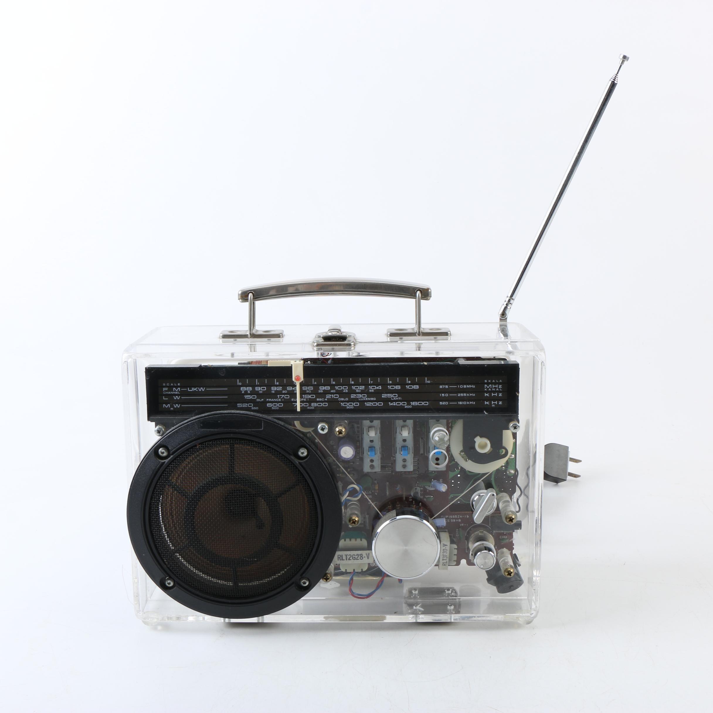 Vintage Dapy Illuminated Radio