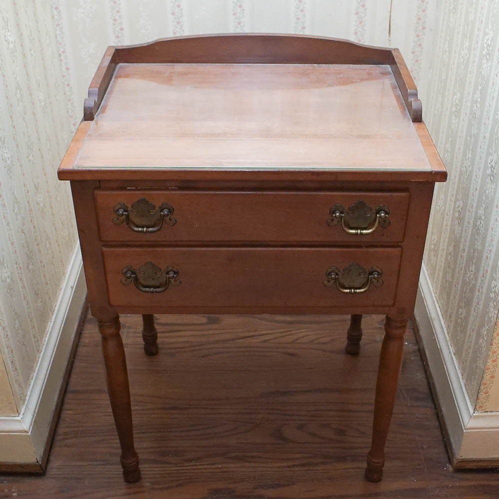Vintage Colonial Style Maple Nightstand by Ethan Allen