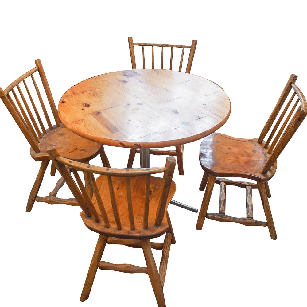 Colonial Style Pine Dining Table with Side Chairs