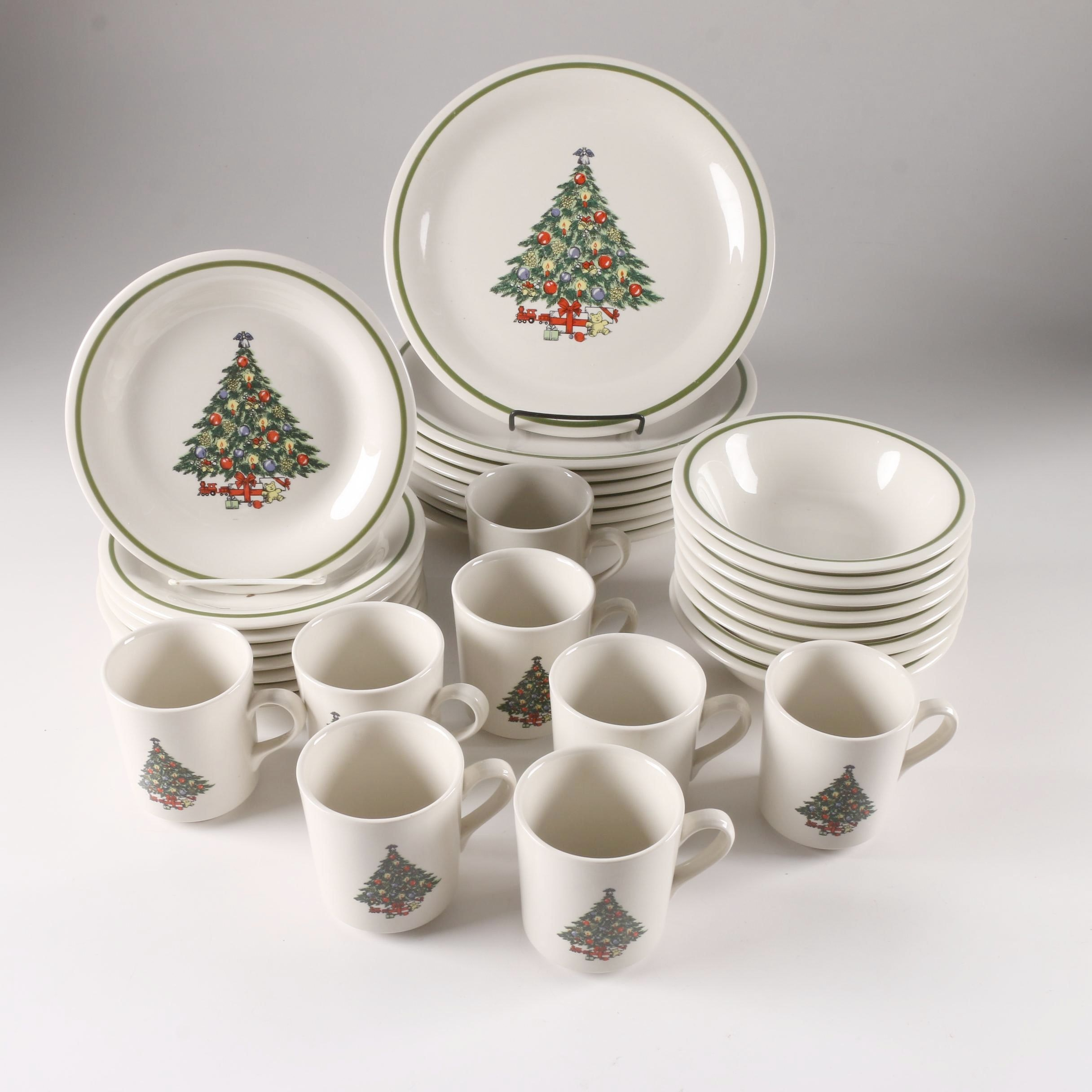 Mount Clemens Pottery Christmas Themed Dinnerware ... & Mount Clemens Pottery Christmas Themed Dinnerware : EBTH