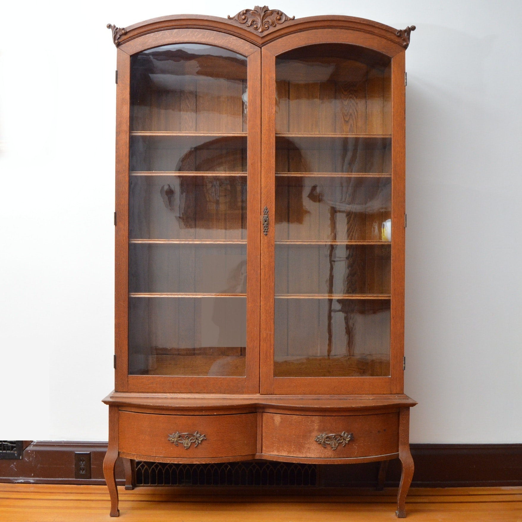 Late 19th-Early 20th Century Golden Oak Bookcase