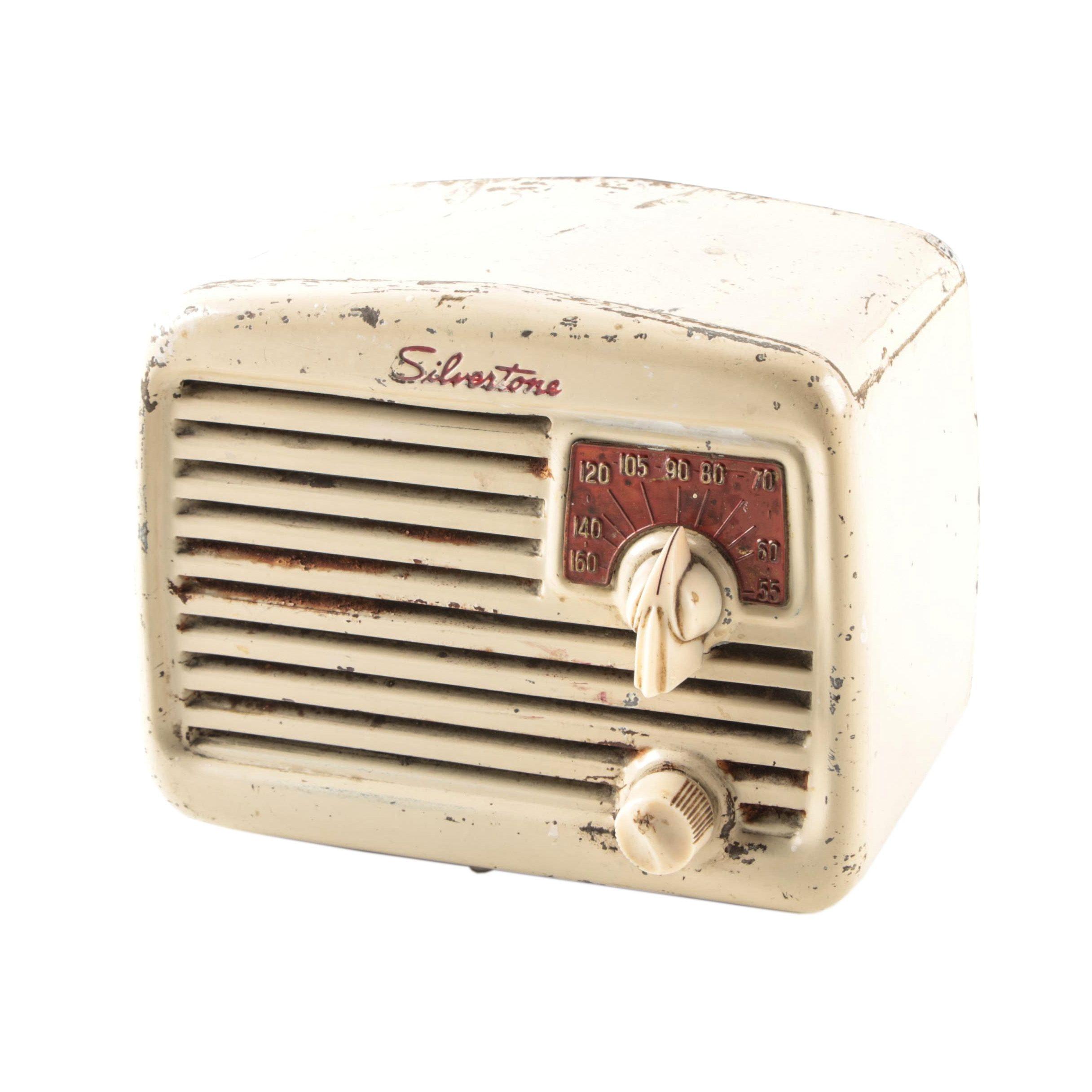 1946 Silvertone 6002 Radio