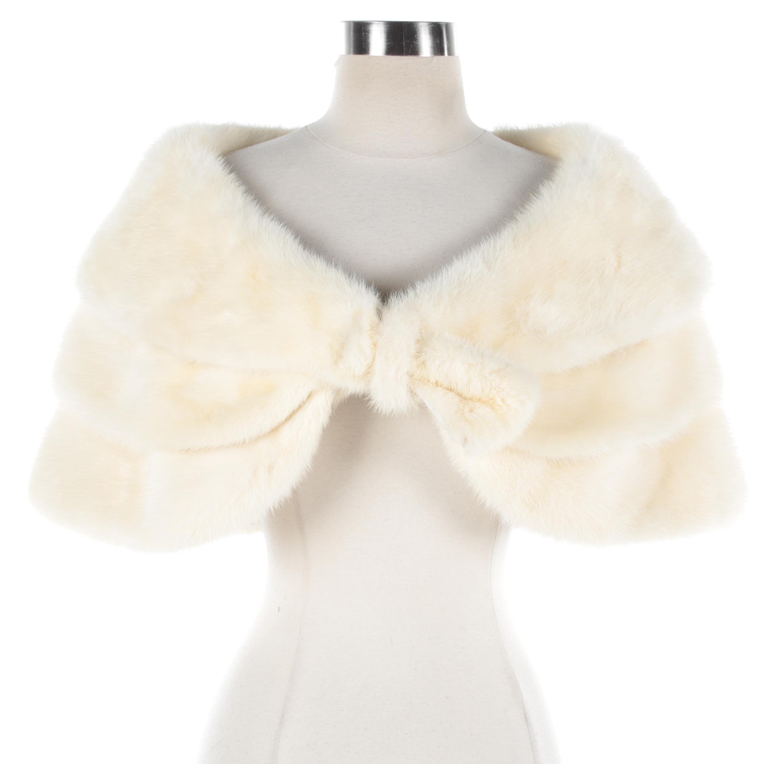 Women's Vintage Kakas Platinum Mink Fur Capelet