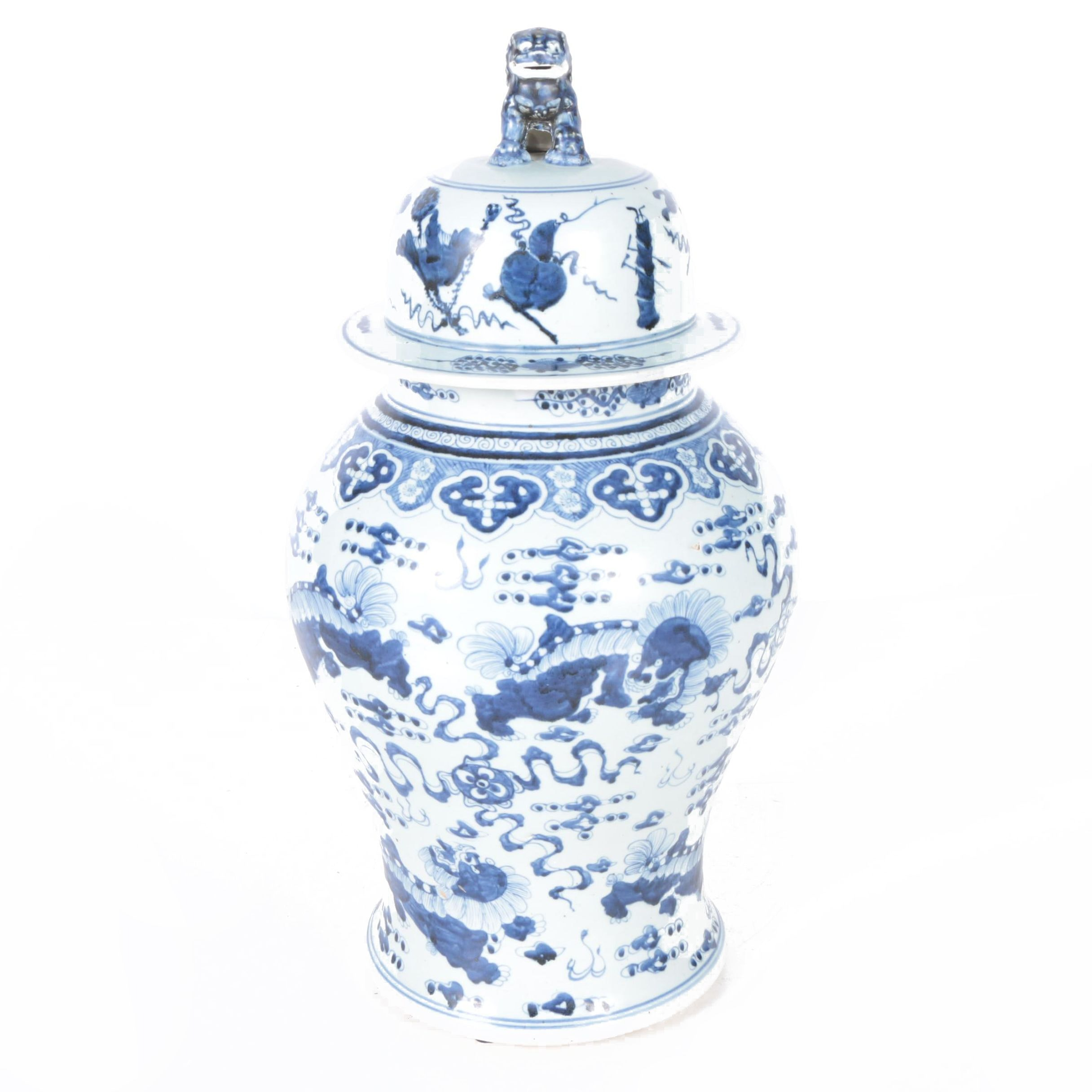 Chinese Ceramic Ginger Jar with Guardian Lion Lid