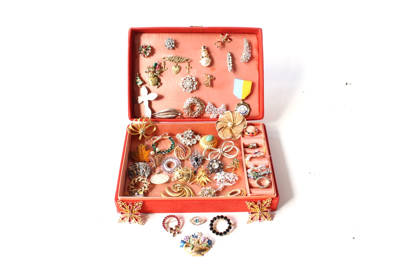 Generous Selection of Brooches in Vintage Jewelry Box