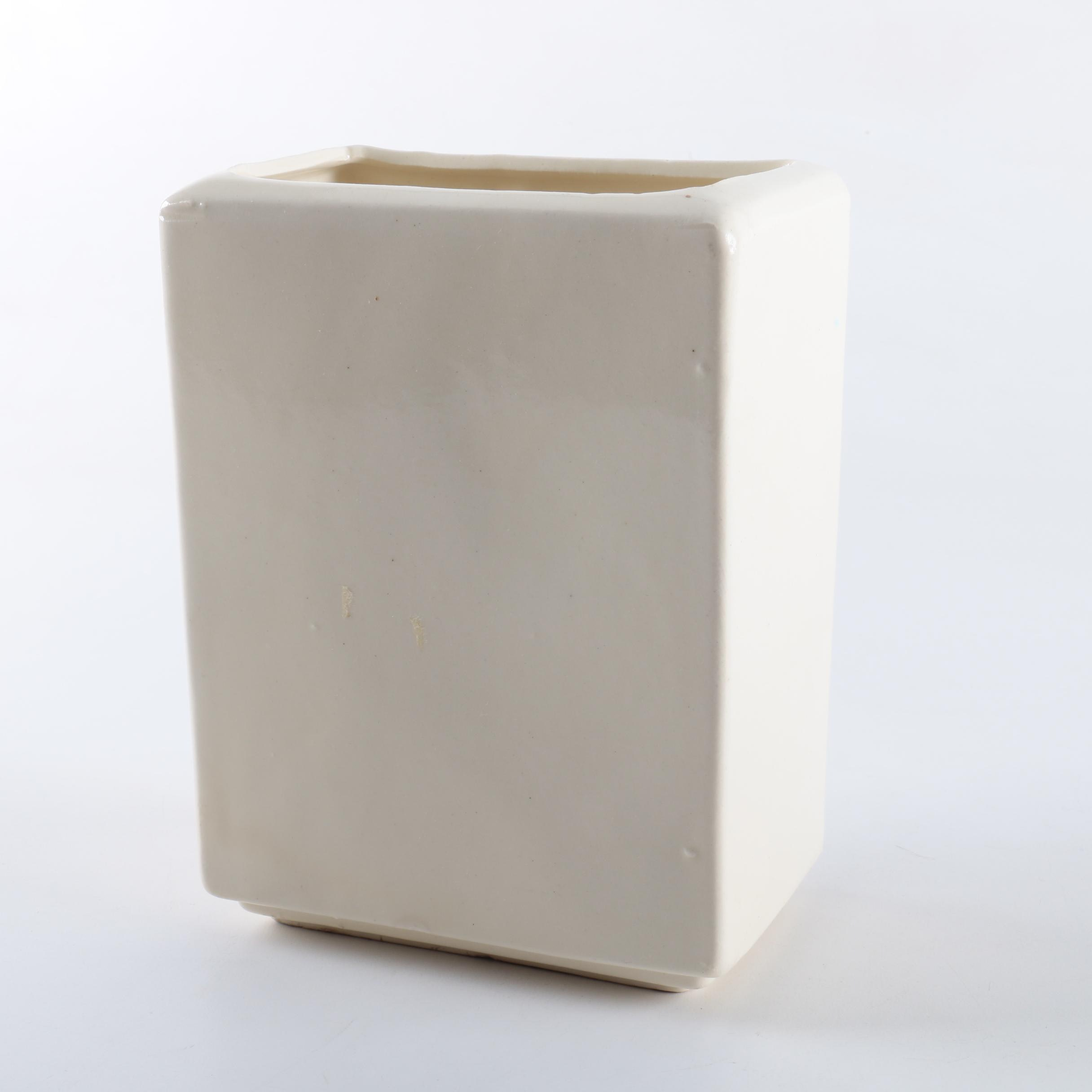 Vintage Robinson Ransbottom Pottery Co. Ceramic Vase